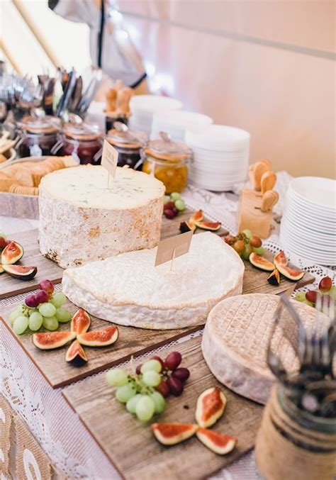 25 Autumn Wedding Food Ideas That Wont Blow Your Budget