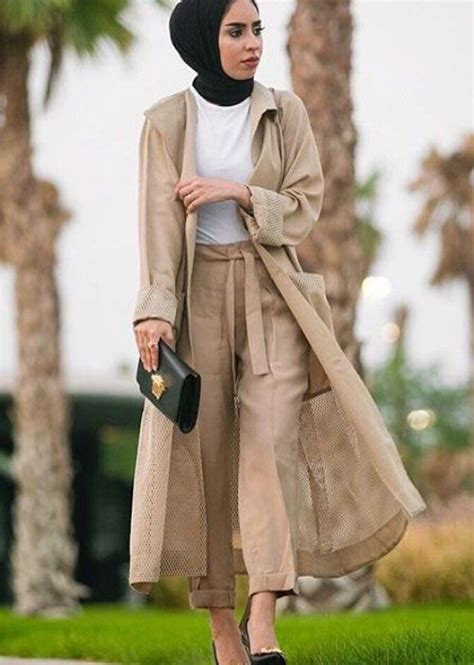 fall stylish hijab street   trendy girls
