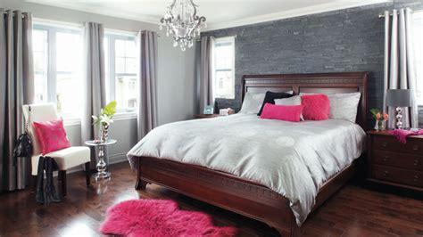 rénovation chambre à coucher grand jeu dans la chambre et la salle de bains chez soi