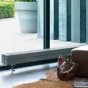 Radiateurs Plinthes Zehnder : comparatif radiateur chauffage au sol ou au plafond ~ Premium-room.com Idées de Décoration