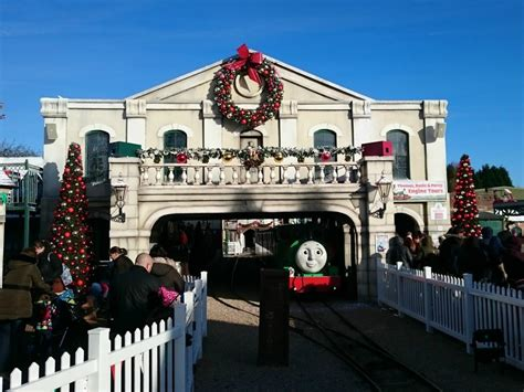 a magical christmas at drayton manor the reading residence