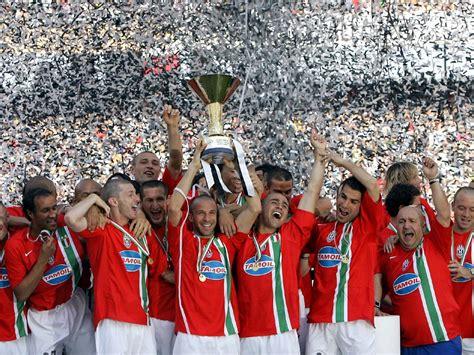 Kaos Juventus Scudetto 33 Juve 01 juventus1897 sala trofei new
