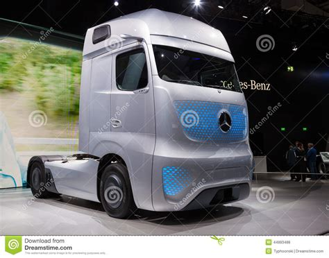 mercedes benz future truck ft 2025 editorial