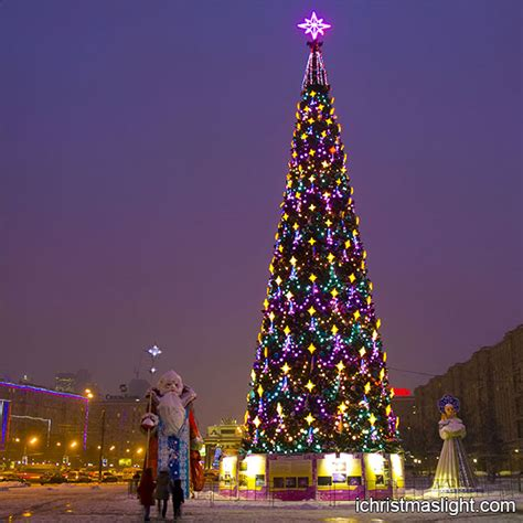 lighted commercial outdoor christmas tree ichristmaslight