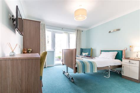 mountfitchet house care home  stansted essex care uk
