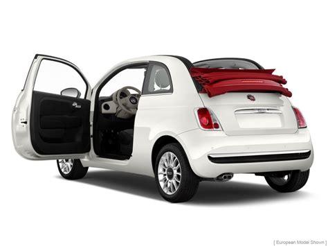 2012 Fiat 500 2-door Convertible Lounge Open Doors