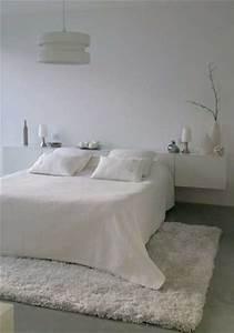 un tapis blanc douillet pour decorer la chambre With tapis exterieur avec plaid lin canapé