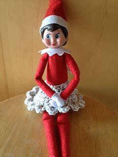 ravelry ruffled trim elf   shelf skirt pattern