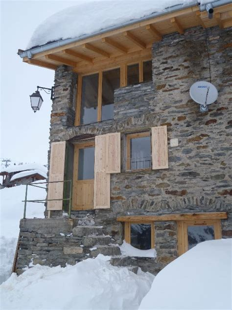 catered chalet la rosiere chalet epilobe la rosiere ski chalet for catered chalet skiing holidays snowboard and summer