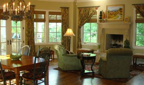 images  hearth rooms  pinterest fireplaces  law suite  exposed beams