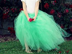 Tuto Tutu Tulle : how to make a classic tulle tutu how tos diy ~ Melissatoandfro.com Idées de Décoration