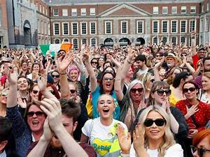 Photos From Ireland, as 'Yes' Supporters Celebrate Vote to ...