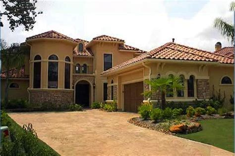Mediterranean House Plan 4 Bedroom 4 Bath 3732 Sq Ft