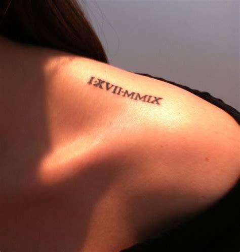 Tatouage Femme Epaule Clavicule