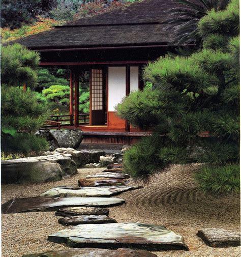 Japanischer Garten Auf Dem Balkon by Balkon Japanisch Terrassen Wasserspiel Free Garten