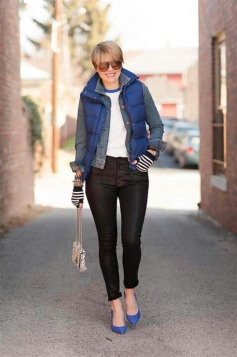 cute  cozy puffy vest outfit ideas   fall