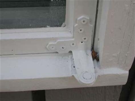casement window repair problem