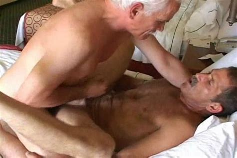 Two Gay Geezers Have Sizzling Hot Anal And Oral Sex On