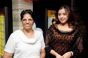 Image Gallery meena family