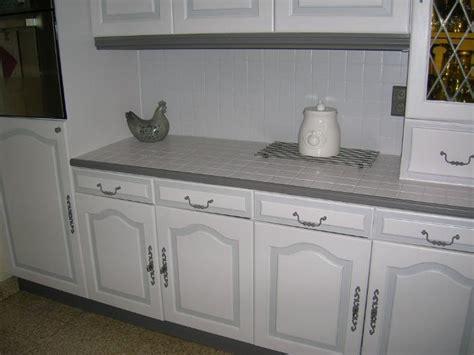 changer le plan de travail d une cuisine hs repeindre carrelage de la crédence de cuisine