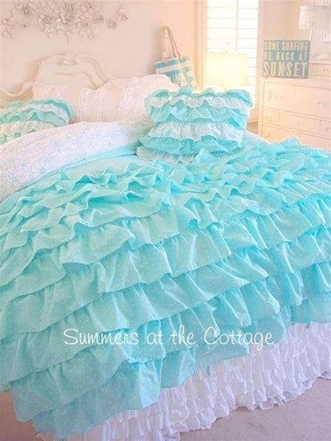 Romantic Bedroom Furniture Sets by 40 Dreamy Shabby Chic Decor And Bedding Ideas Diy Joy