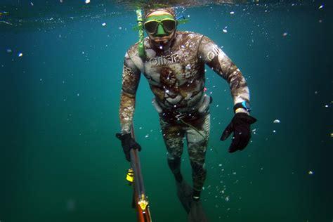 beachcombing   generation  spearfishermen hunts