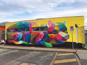 Okuda san miguel transforms the walls of an italian for Okuda san miguel kindergarten mural