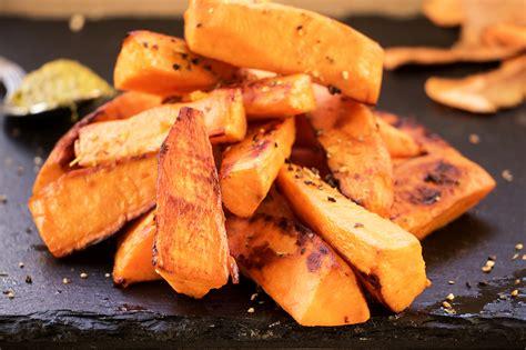 cuisiner la patate douce la patate douce votre atout minceur cellublue