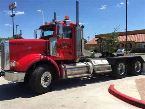 peterbilt   heavy duty trucks