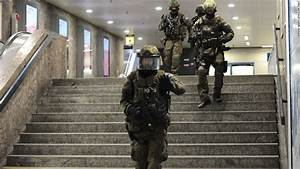 Munich shooting: 9 victims, gunman are dead, police say ...