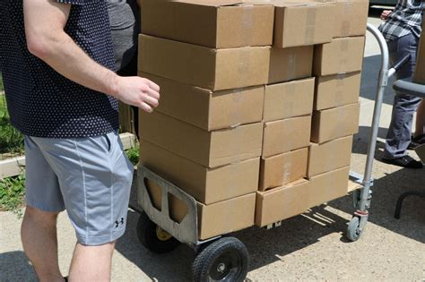Food distribution continues despite delivery issues, 6th ...