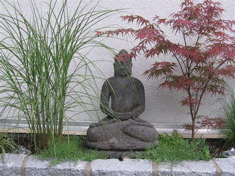 Japanischer Garten Deko by Gartendekoration Haufler Baumschule Und Gartengestaltung