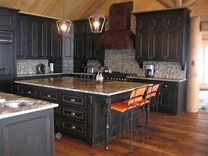 Meuble de cuisine rustique devis sur photos avec vos for Couleur facade maison provencale 13 relooker une cuisine rustique cate maison