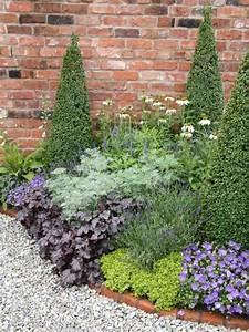 bordure de jardin design cobtsacom With decoration allee de jardin 4 bordures de jardin decoratives en acier une innovation