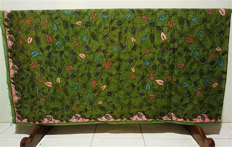 seragam bidan seragam batik bidan dengan motif sesuai pesanan batik dlidir