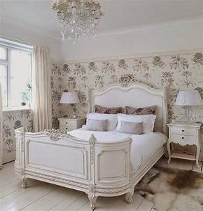 22 classic french decorating ideas for elegant modern With french style bedroom decorating ideas
