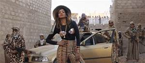 Bad Girl Mia : gif swag music video bad girls m i a romain gavras creepingcreep ~ Maxctalentgroup.com Avis de Voitures