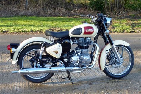 Royal Enfield Classic 500 Backgrounds by 2016 Royal Enfield Classic 500 Review