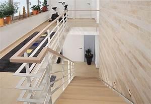 Lasiertes Holz überstreichen : treppe aus holz metall qm ausstellung in ~ Lizthompson.info Haus und Dekorationen
