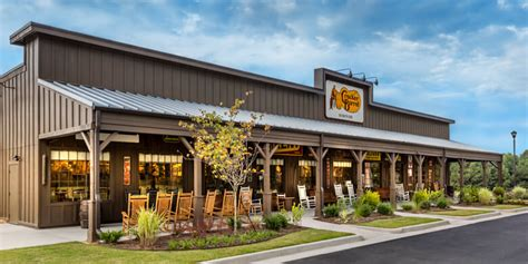 cracker barrel front porch employees breakfast restaurant lunch and dinner family dining