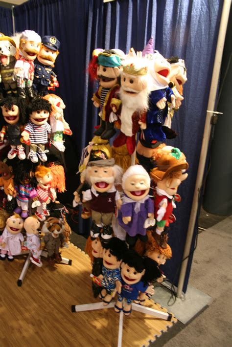 toy fair  coverage sunny puppets parry game preserve