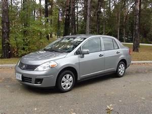 2009 Nissan Versa Fe  1 8 Sl
