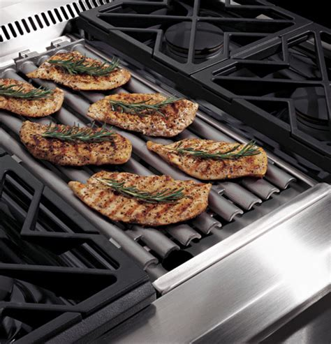 ge monogram  dual fuel professional range   burners  grill liquid propane