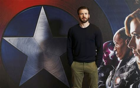 Chris Evans says final and official 'goodbye' to Captain ...
