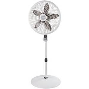 lasko 1885 18 quot adjustable cyclone pedestal fan 3 speeds remote