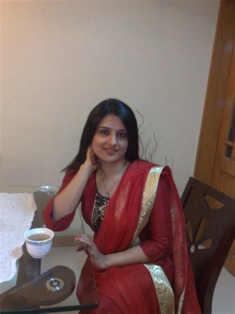 lucy nine indian tamil english and pakistani sexy desi girls pictures