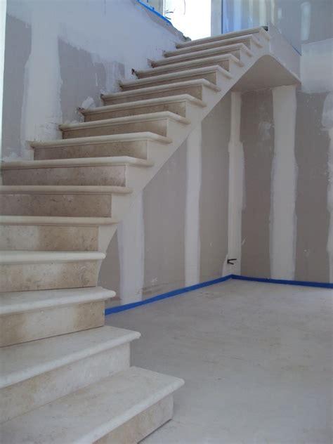 plan de travail cuisine en naturelle escalier sur voûte sarrasine en pose installation