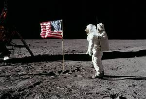 On This Day in 1969: Neil Armstrong and Buzz Aldrin become ...
