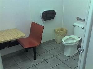 Deshoda funny weird bathrooms fixtures for Weird bathrooms