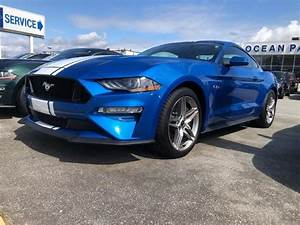 Supercars Gallery: Ford Mustang Gt Velocity Blue